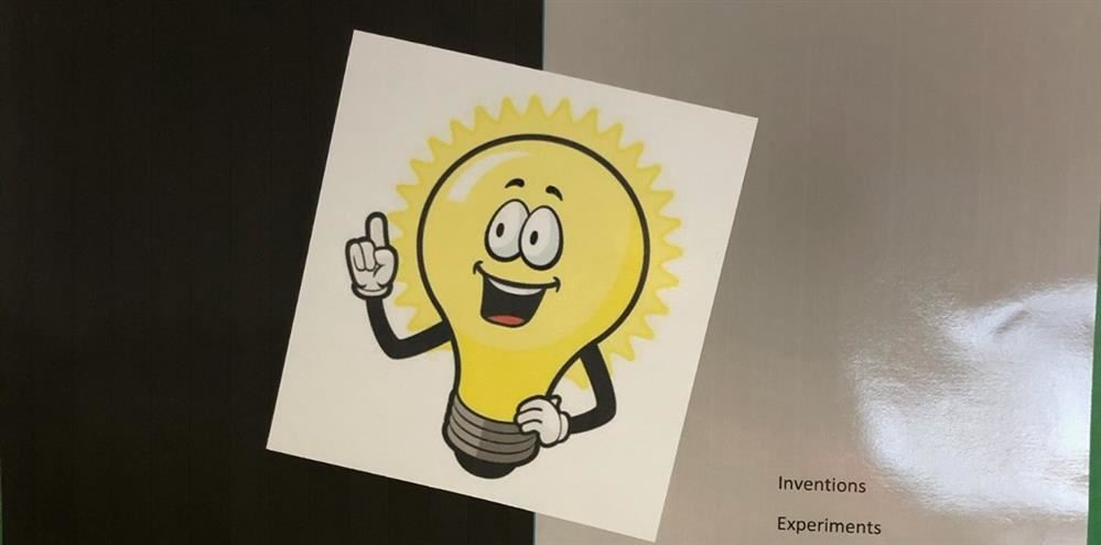 A picture of a cartoon lightbulb